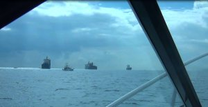 Freighters off Fort Lauderdale